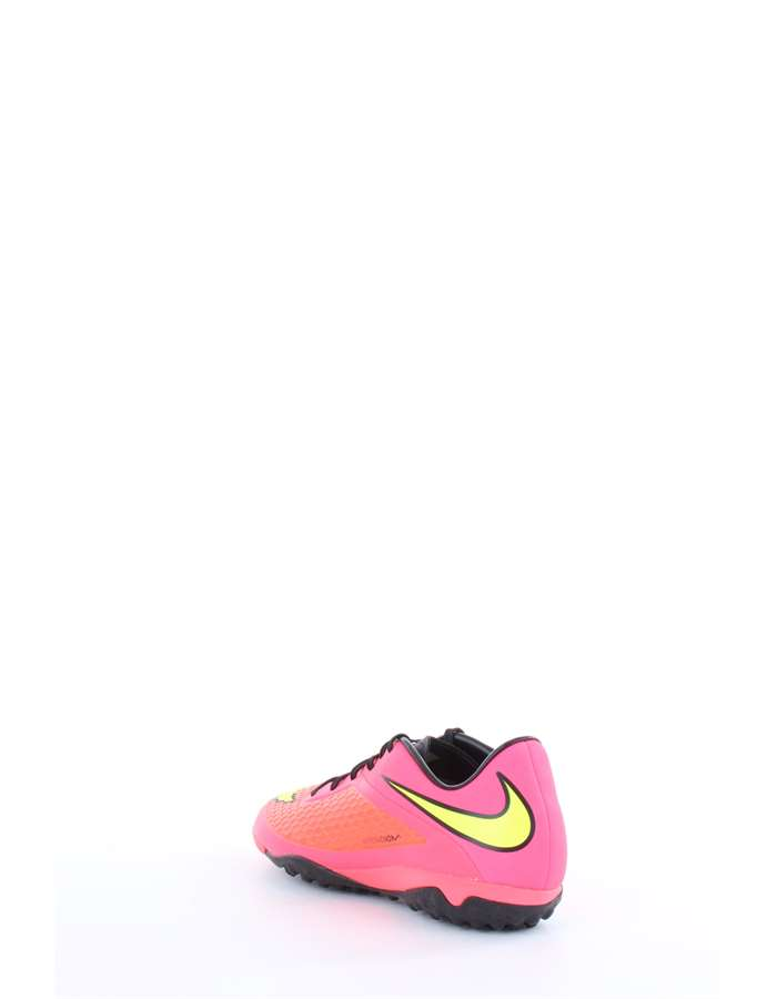 Nike Football shoes Fuchsia