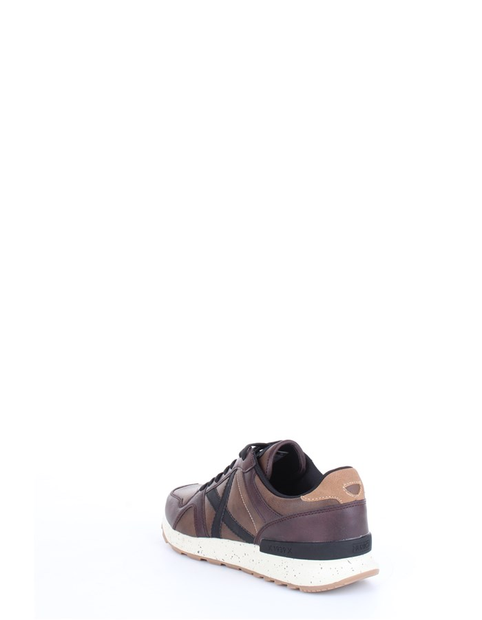 MUNICH Sneakers Brown