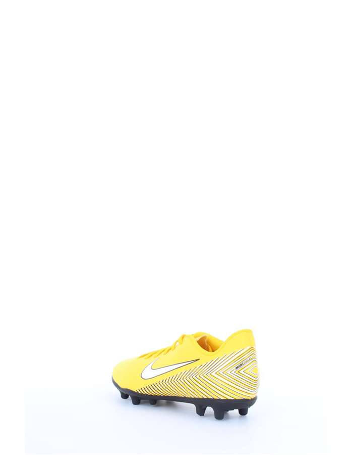 Nike Football shoes 710-yellow